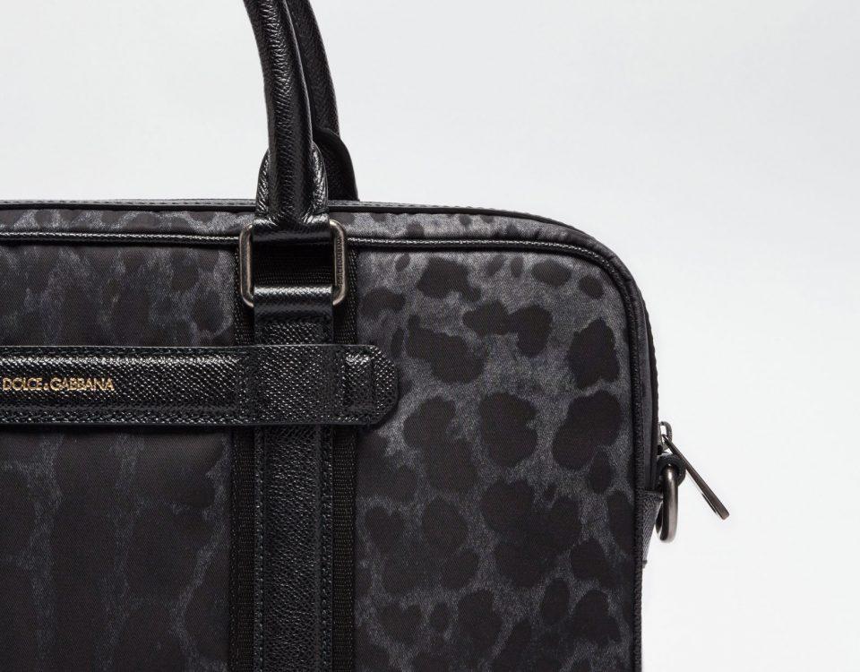 Saint Laurent Handbags, Clutches & Totes – Bag Vibes